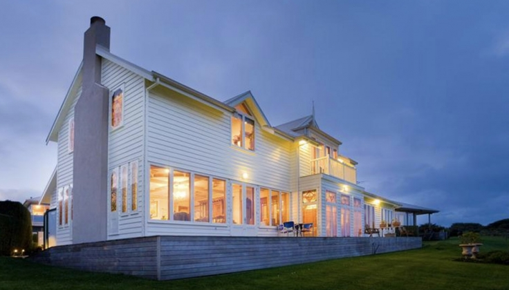 Apollo Bay Guest House exterior