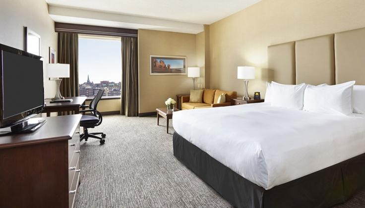 Hilton Saint John Hotel bedroom