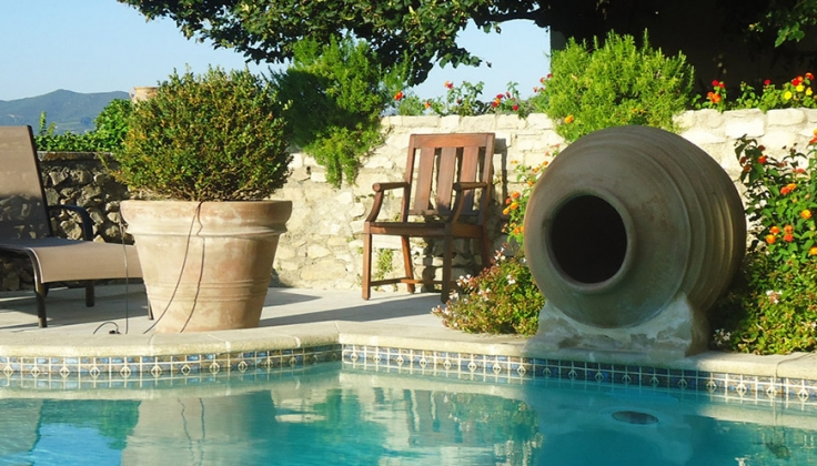 Hostellerie Le Beffroi pool