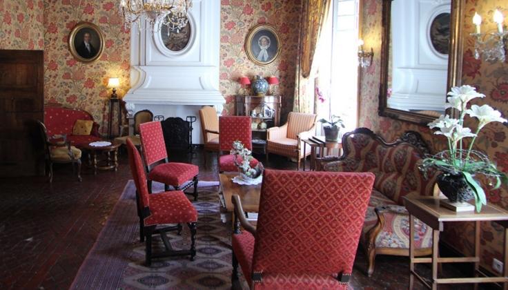 Hostellerie Le Beffroi salon