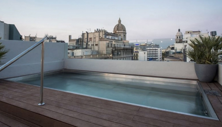 Hotel Midmost Exterior pool overlooking city
