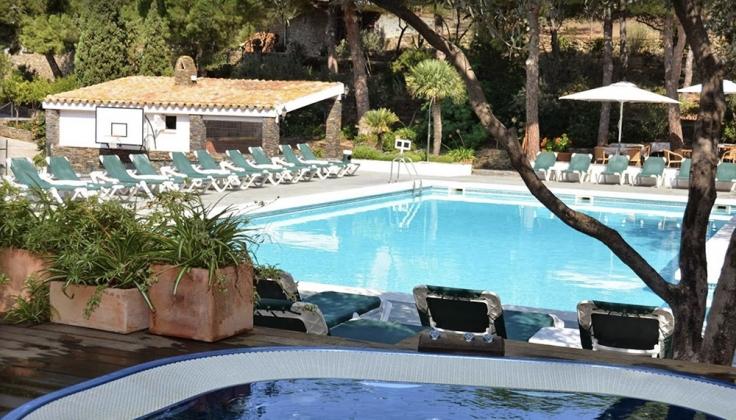 Hotel Playa Sol exterior pool