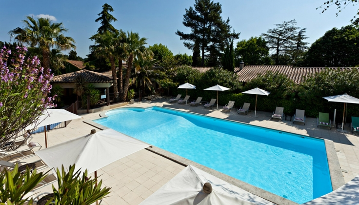 Hotel la Magnaneraie pool