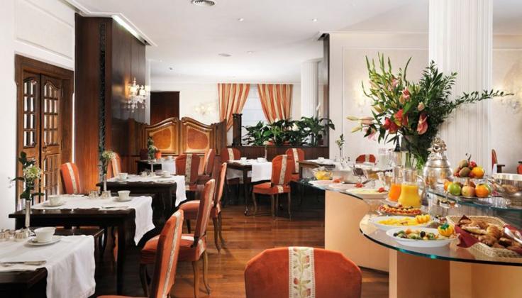 Hotel delaville dining