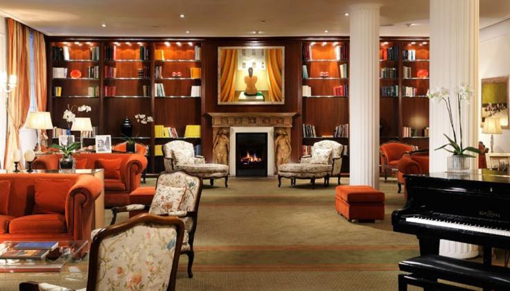 Hotel delaville lobby