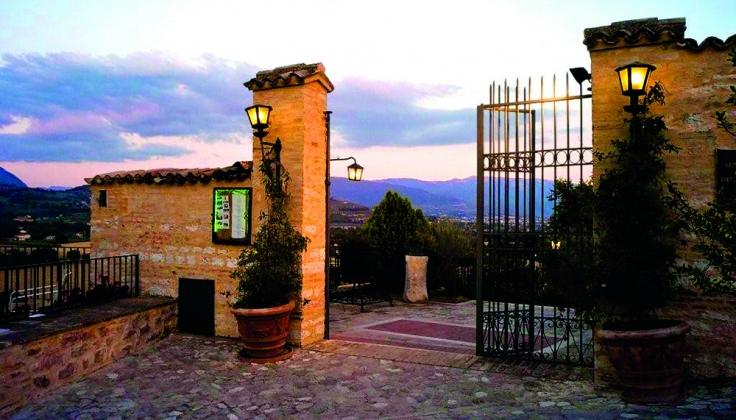 Hotel La Bastiglia exterior
