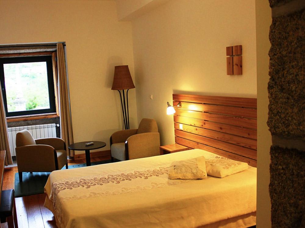 Peneda Hotel bedroom