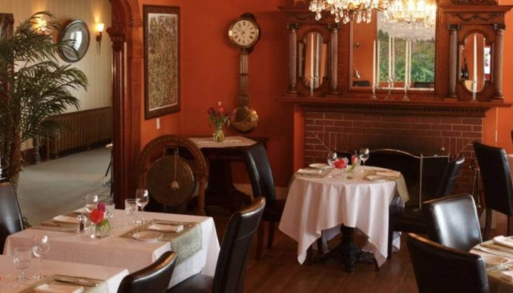 Rossmount Inn dining
