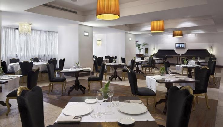 UNA hotel palace restaurant