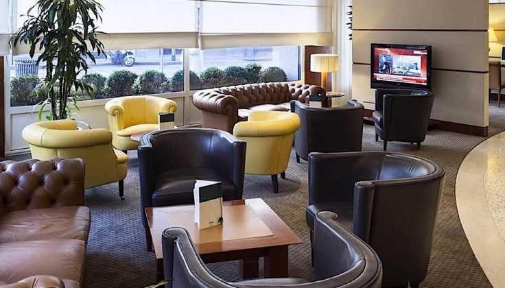 hotel cusani lounge
