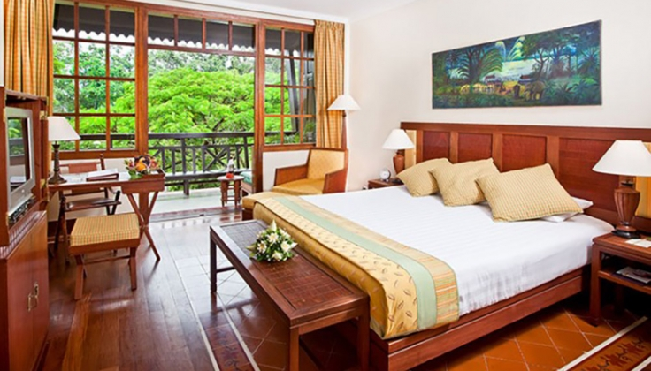 Victoria Angkor Resort bedroom