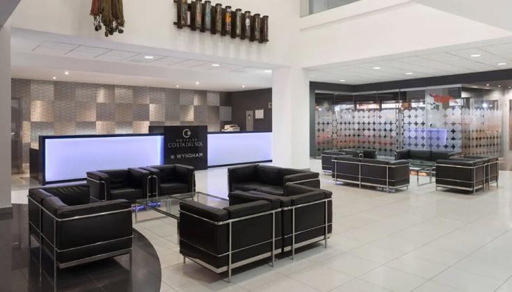 Wyndham Costa del Sol Lima lobby