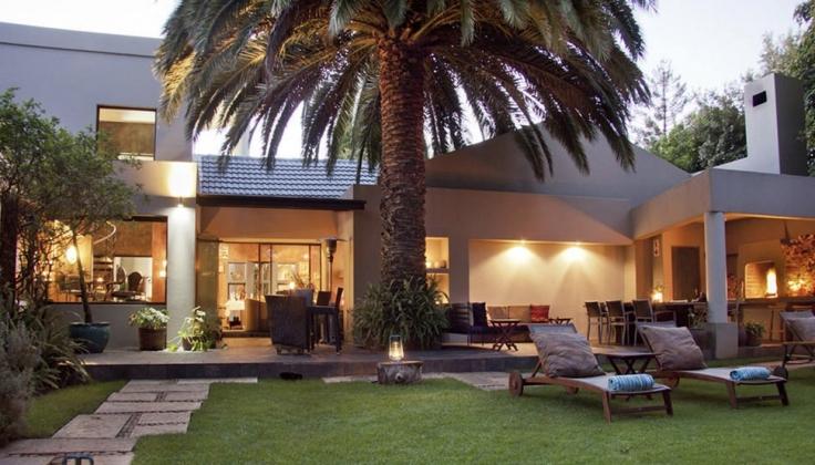 african rock hotel exterior