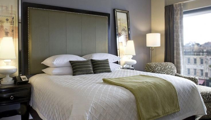 andaz hotel room