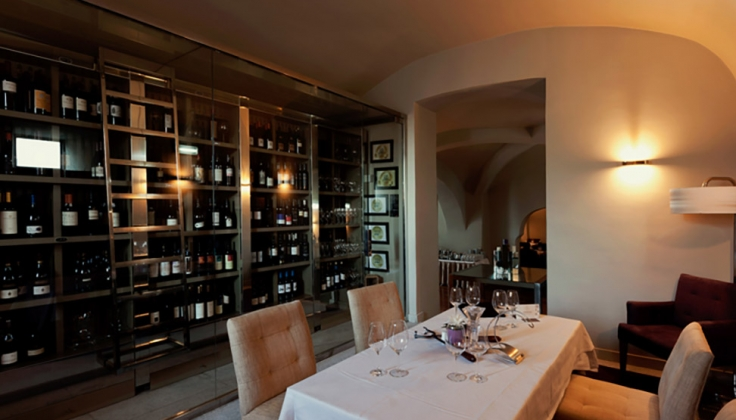 Aqueduto Hotel private dining area with wine cellar