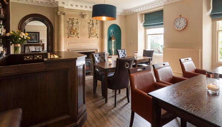 Burgoyne Hotel bar