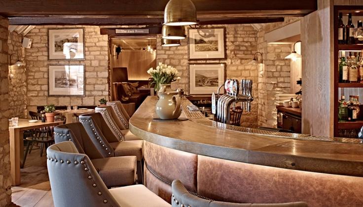 Dormy House Hotel bar