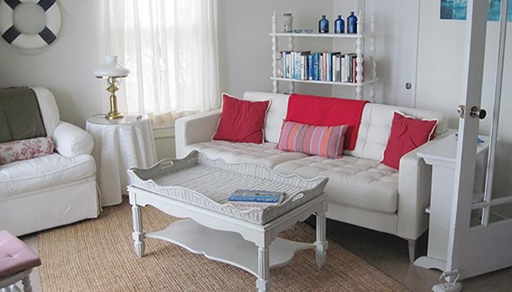 dunlop inn sitting room
