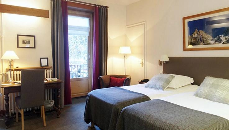 hotel de la couronne room