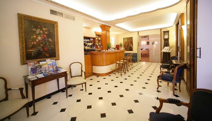 hotel metropole reception