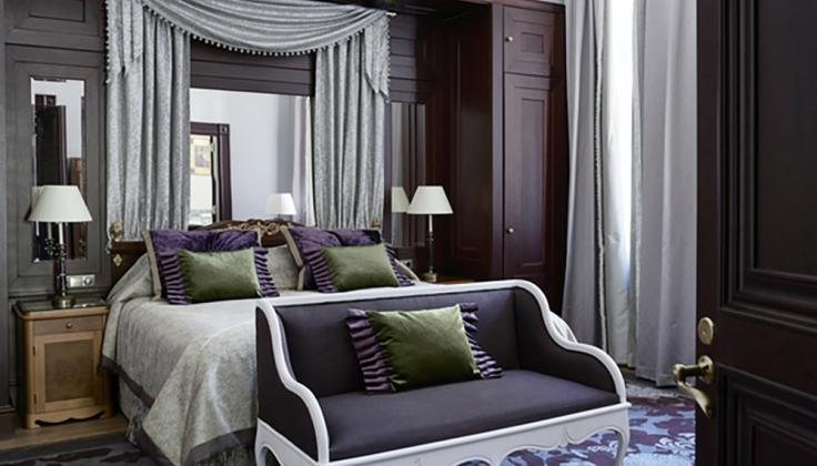 hotel kamp bedroom