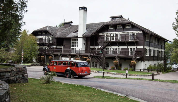 Lake MacDonald Lodge exterior