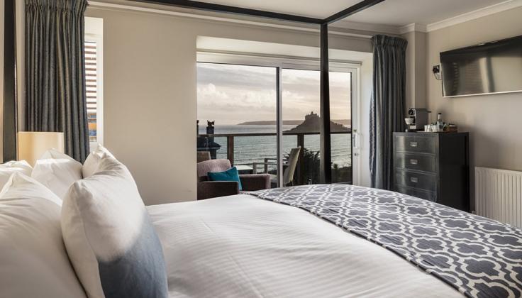 mount haven hotel room