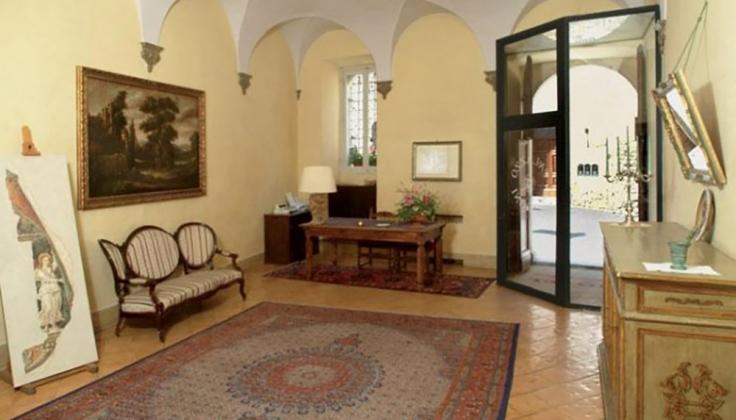 palazzo dragoni entry