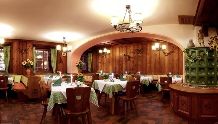 post hotel dining