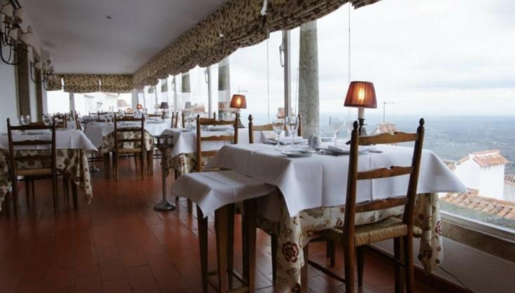 Pousada de Marva hotel dining area