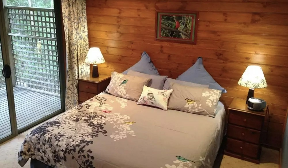 southern anchorage retreat bedroom