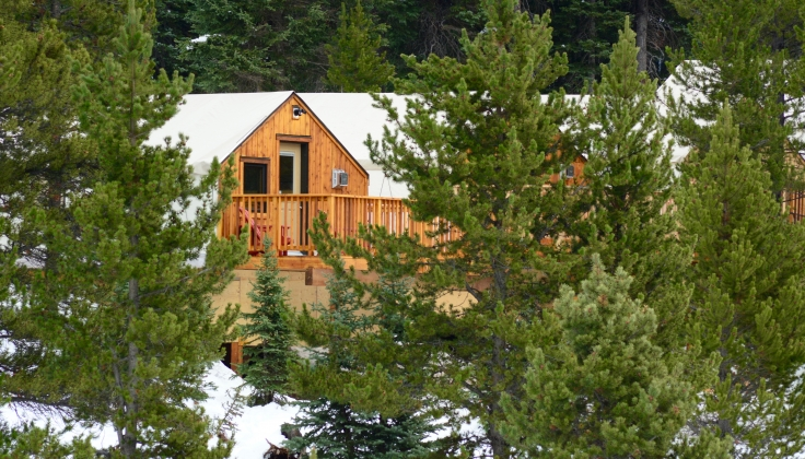 Mount Engadine Lodge Glamping Tent Exterior