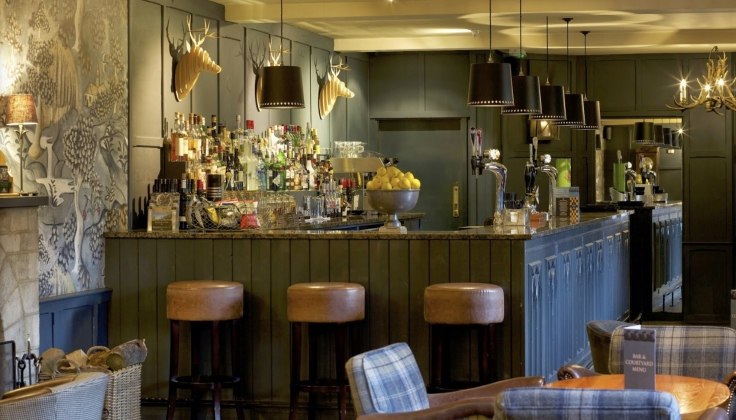 The_Swan_Hotel_Bibury_bar