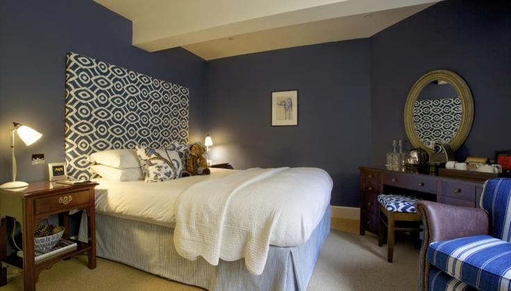 The_Swan_Hotel_Bibury_bedroom